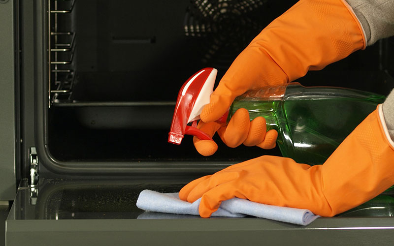 Limpieza de horno profesional