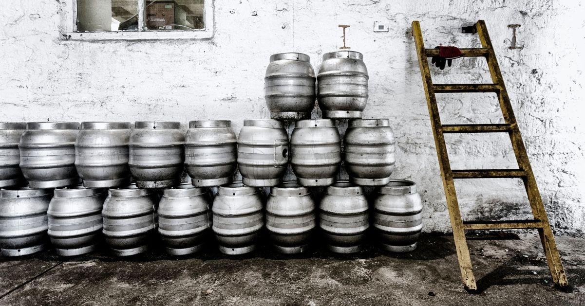 Tipos de dispensadores de cerveza para bares, cómo elegir el tuyo