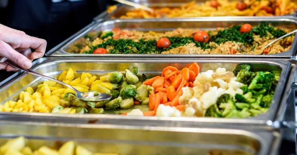 Sistemas buffet: un equipamiento para catering necesario