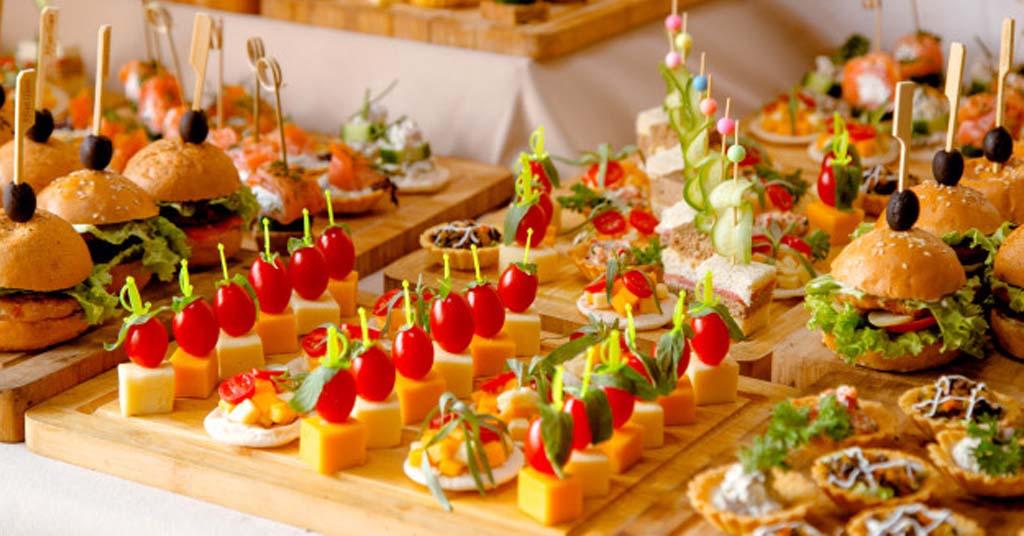 mesa-buffet-aperitivos.